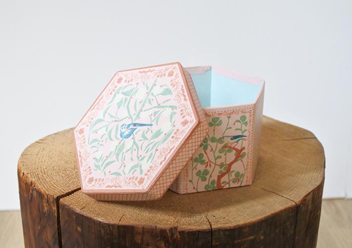 結婚祝い 飛び出るボックスアレンジ  ブルーバード